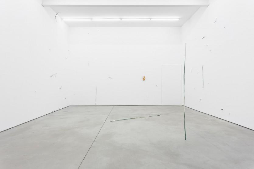 Passar pelas mãos, 2019 Vista geral da exposição/ exhibition view Galeria Bruno Múrias, Lisboa